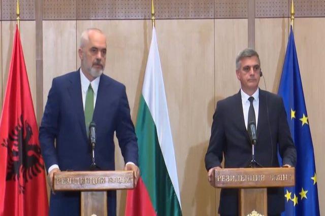 Rama në Bullgari: Kemi plotësuar kushtet për konferencën e parë ndërqeveritare, respektojmë në këtë moment të dy miqtë e vendet mike!