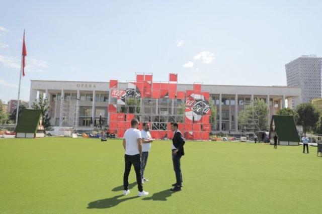 """Kampionatin Europian rikthen """"Tirana Fan Zone"""", Veliaj: Bashkohemi sërish në shesh si një familje e madhe"""