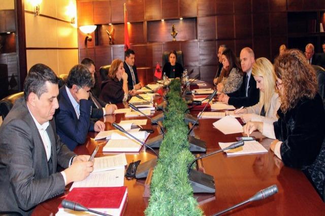 Ministri Çuçi kërkoi hetime për gjyqtarin, KLGJ: Respektoni pavarësinë, provat dorëzojini në ILD