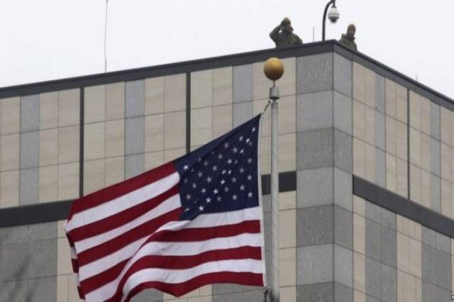 Helmimi në Deçan, Ambasada e SHBA: Mos besoni thashethemet! Prisni faktet!