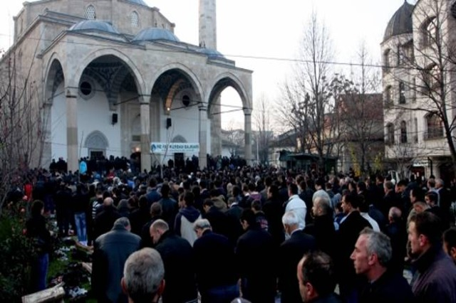 Kurban Bajrami në Prishtinë dhe Shkup