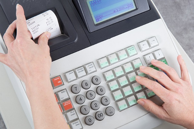 DPT thirrje bizneseve: Nëse keni gjetur zgjidhje softuerike, çregjistroni pajisjet fiskale!