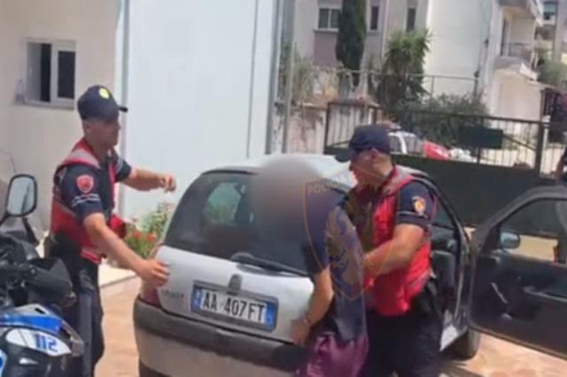 Qarkullonte me armë zjarri me vete në zonën e plazhit në Jalë, kapet dhe arrestohet në flagrancë 30-vjeçari