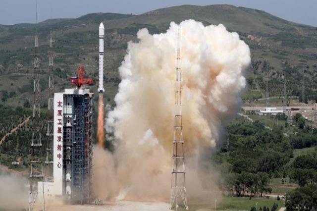 Kina çon pesë satelitë në orbitë