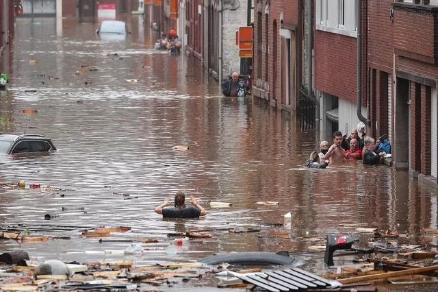 Tragjedi në Gjermani, përmbytjet shkaktojnë mbi 80 viktima, 1300 të zhdukur