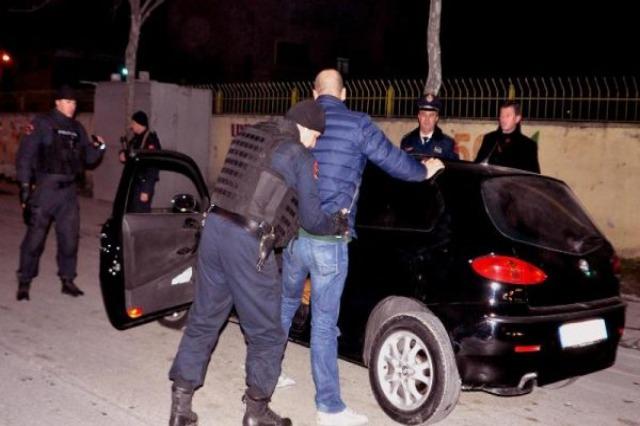 """Arrestohet një efektiv i RENEA-s, dyshohet si """"koka"""" e grupit kriminal"""""""
