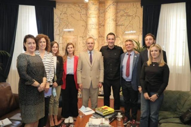 Transformimi i Tiranës, Veliaj: Gazetarë të rinj nga rajoni vizitojnë kryeqytetin në tetor