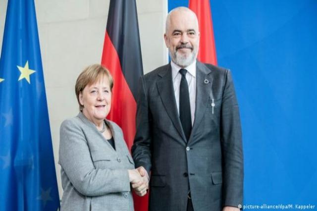 Kancelarja Merkel sot vizitë në Tiranë