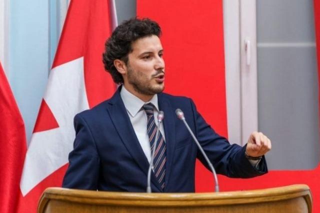 Abazoviq thotë se mund ta përmbysë Qeverinë e Malit të Zi