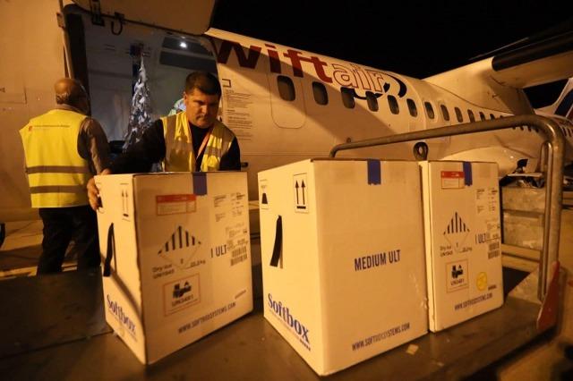 Mbërrijnë në Shqipëri 31.590 doza Pfizer