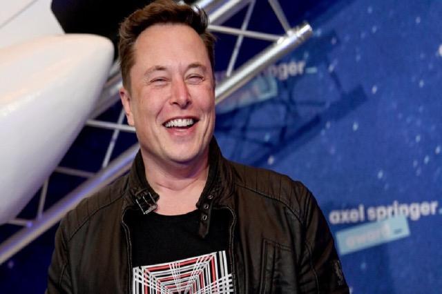 Elon Musk: Në fluturimin e radhës do të përmirësojmë tualetin