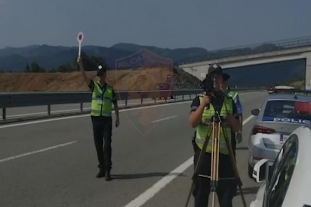 Siguria rrugore, arrestohen 35 drejtues mjetesh gjatë fundjavës