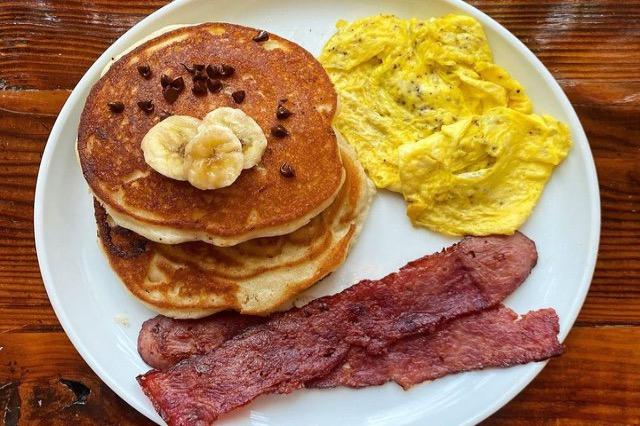 Nëse vazhdimisht nuk keni uri në mëngjes, ja çfarë e shqetëson trupin tuaj