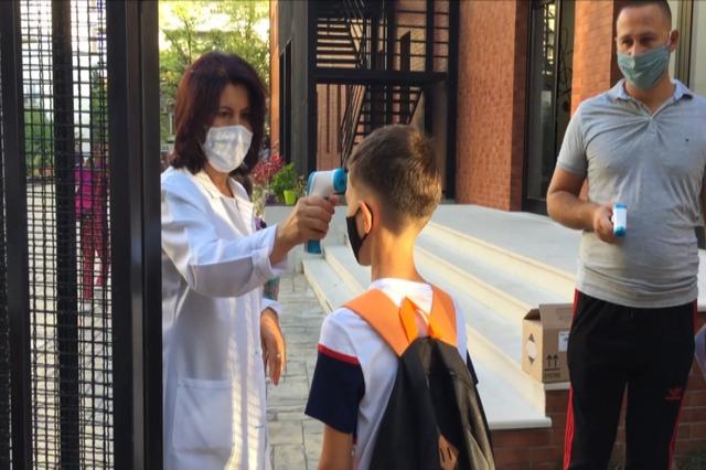 Kosovë, të hënën nis viti i ri shkollor