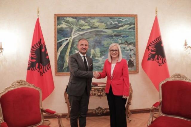 Nikolla pret ambasadorin Soreca: Integrimi europian, në krye të axhendës së Kuvendit!
