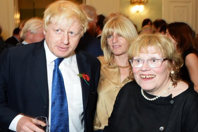 Ndërron jetë nëna e kryeministrit britanik Johnson