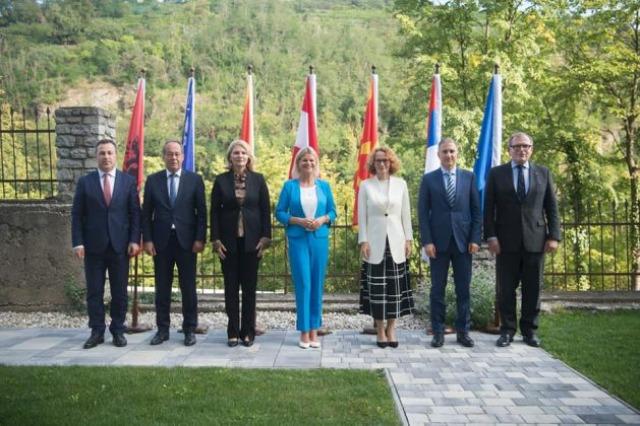 Peleshi në konferencën e ministrave të Mbrojtjes të Ballkanit Perëndimor