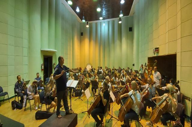 Orkestra e RTSH-së çel stinën koncertore