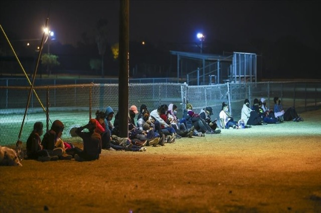 Administrata e Bidenit do të rrisë në 125 mijë kufirin e pranimit të refugjatëve
