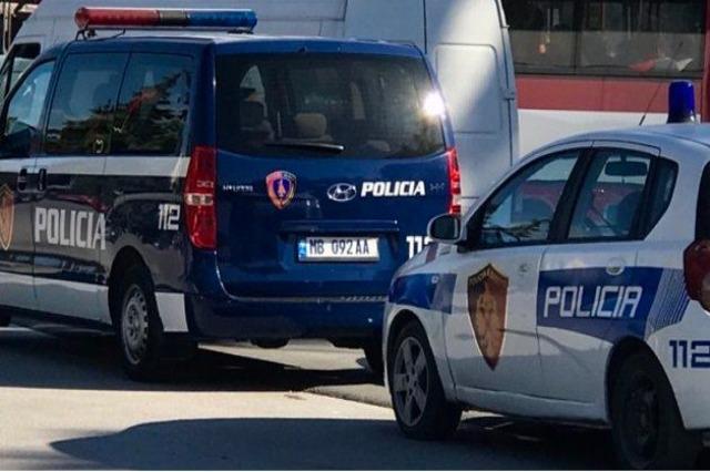 Plagoset studentja në Vlorë, 30 vjeçari nga Shkodra qëlloi me pistoletë, me vete kishte granatë