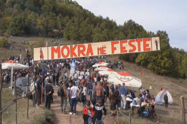 """""""Mokra n'fest"""", traditat dhe prodhimet e zonës mbledhin miq e turistë"""