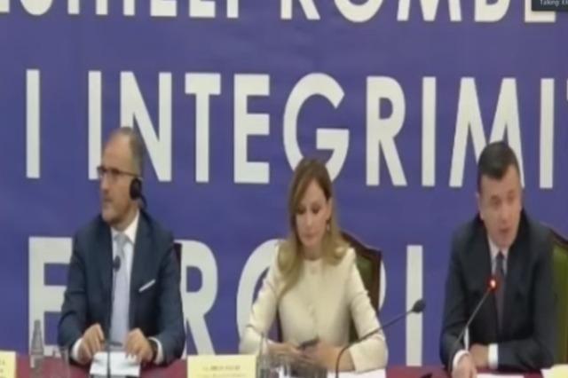 Progres-raporti, Balla: Shpresoj që Konferenca Ndërqeveritare të mbahet brenda Krishtlindjeve