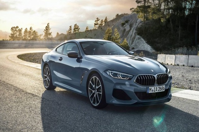 BMW lë pas Mercedesin sa i përket shitjes së veturave gjatë nëntë muajve të këtij viti