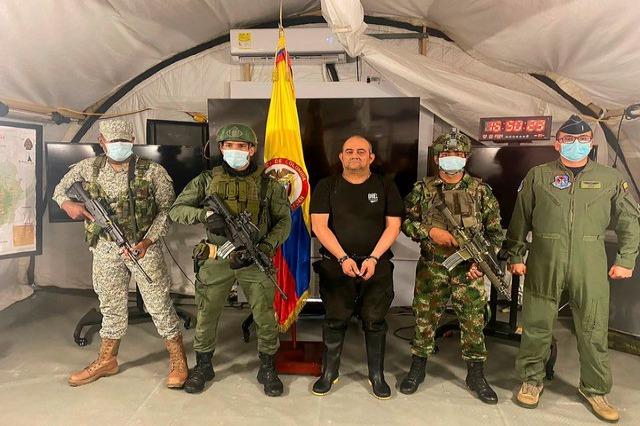 Video/ 500 ushtarë në aksion, goditja më e madhe pas Escobarit, si u kap me satelit lordi i drogës në Kolumbi
