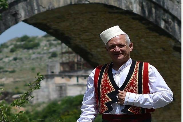 Përkujtohet Robert Elsie, albanologu që bëri të njohur botërisht kulturën e kombit shqiptar