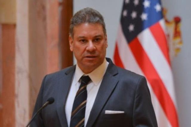 Escobar përsërit mbështetjen e SHBA-së për dialogun Kosovë-Serbi