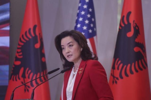 Ambasadorja Kim: SHBA në Shqipëri ka 3 prioritete, demokracinë, mbrojtjen dhe biznesin