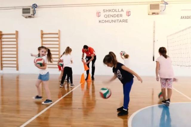 """""""Shkolla, qendër komunitare"""", përgatitet programi i lëvizjes sportive shkollore"""