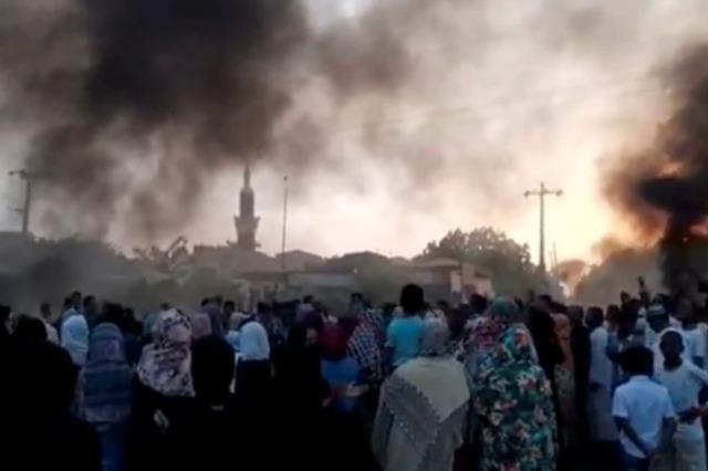 Sudan: Ushtria merr kontrollin e vendit, shpall gjendjen e jashtëzakonshme