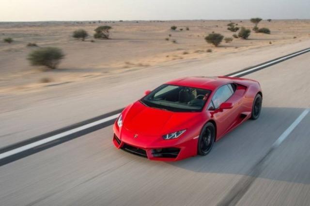 Konfiskohet Lamborghini pasi shoferi po ngiste 236 kilometra në orë