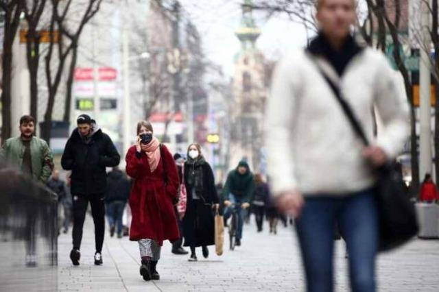 Austria kërcënon me bllokadë për të pavaksinuarit