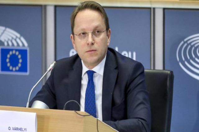 Varhelyi kundështon ndarjen e MV nga Shqipëria në procesin e anëtarësimit