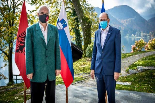 Rama në Slloveni pritet nga homplogu Janša